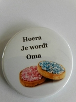 hoera je wordt oma button ca 56 mm