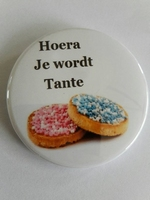 hoera je wordt tante button ca 56 mm