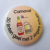 button carnaval is... 50 tinten geel
