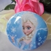 button frozen elsa stoer  blauw 58 mm